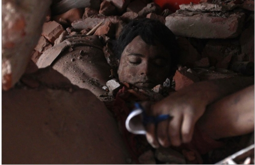 The Death Toll of the Savar Tragedy is Expected to Exceed 500. Image Credit: Spiegel