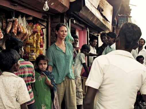cn_image.size.christy-turlington-burns-mumbai-india-slum-1